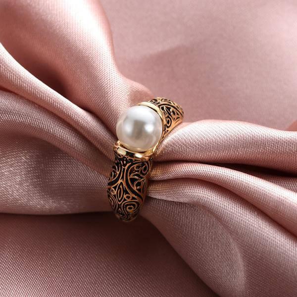 """טבעת בהשראת """"הכלה מאיסטנבול"""" צבע זהב"""