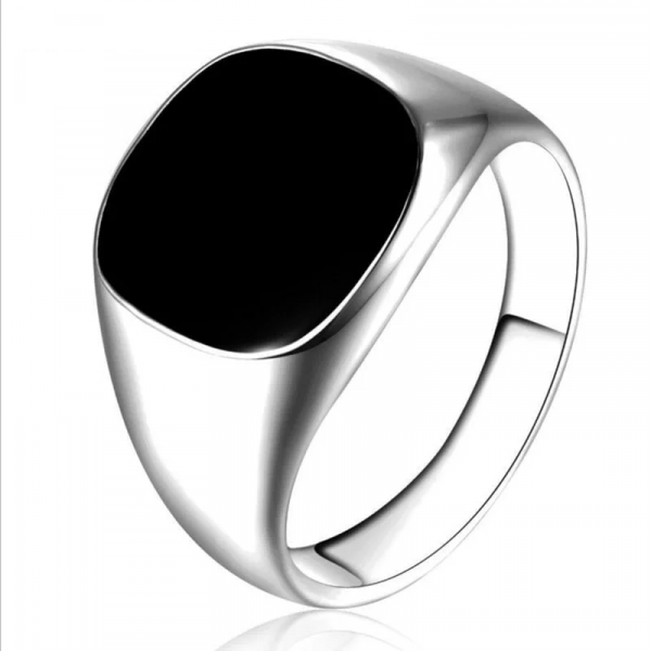 טבעת לגבר עם אבן שחורה