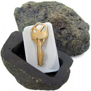 אבן דמה להסתרת מפתחות