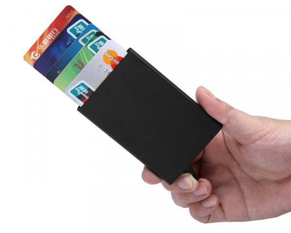 ארנק אלומיניום לאחסון כרטיסים בצורה נוחה ובטוחה